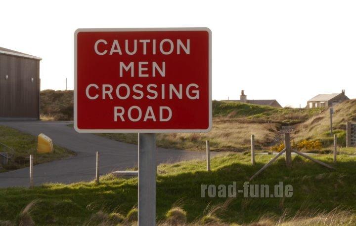 Gefahrenschild outer Hebrides - Fussgaenger