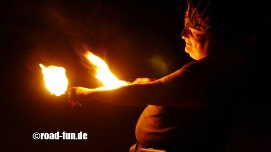 Feuershow Vor Der Haustuer #02
