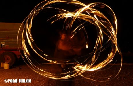 Feuershow Vor Der Haustuer #14