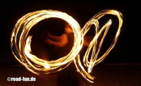 Feuershow Vor Der Haustuer #16