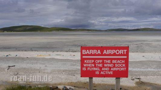 Gefahrenschild outer Hebrides - Barra Airport