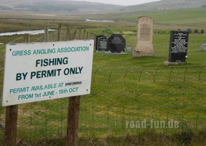 Hinweisschild Outer Hebrides - Angeln nur mi Erlaubnis