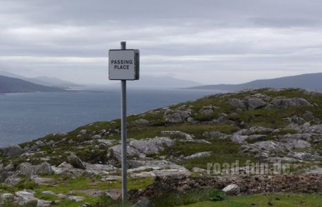 Hinweisschild Outer Hebrides - Pasingplace