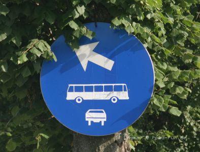 Hinweisschild Ukraine - Bus4