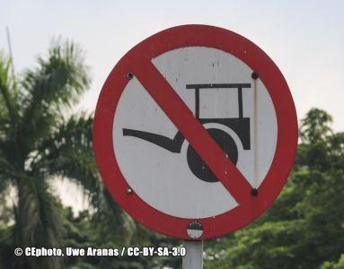 Verbotsschild Indonesien (2)