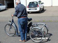 Dreirad fahren lernen 01
