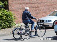 Dreirad fahren lernen 09